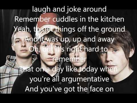 Arctic Monkeys - Mardy Bum Lyrics