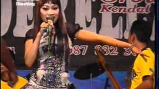 Download Video 21 alay intan cinderella group krompa'an semi.mpg MP3 3GP MP4