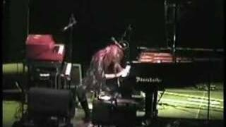 Tori Amos-Riverside.Church-NY-2002 =22-Hotel