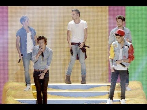 One Direction Victoria's Secret Fashion Show Performance?!