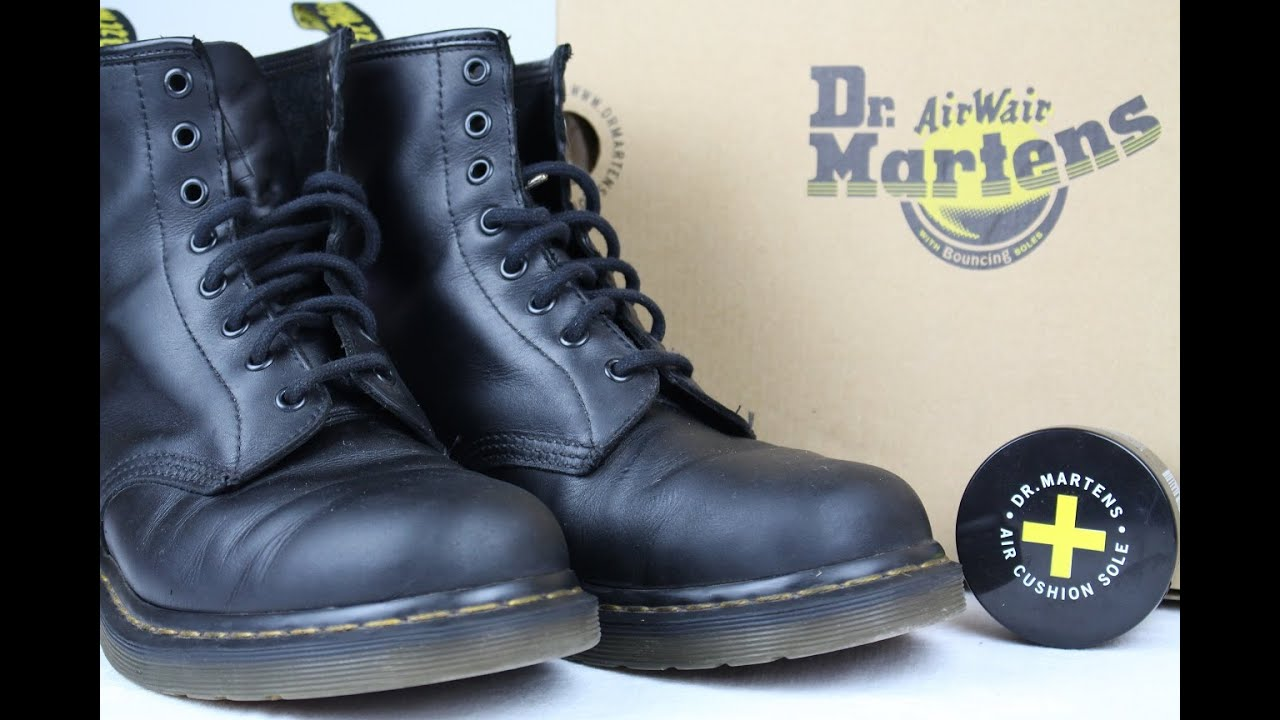 dr martens for life 1460 boots 6 month review smooth black youtube. Black Bedroom Furniture Sets. Home Design Ideas