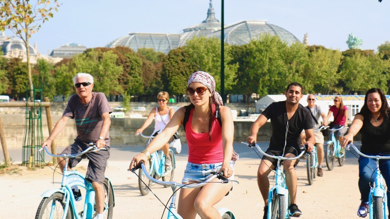 8 Top Paris Bike Tours Which One Is Best