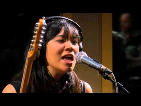 Thao and the Get Down Stay Down - Nobody Dies (Live on KEXP)
