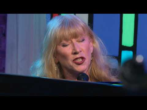 Loreena McKennitt performs Live at Zoomer Hall