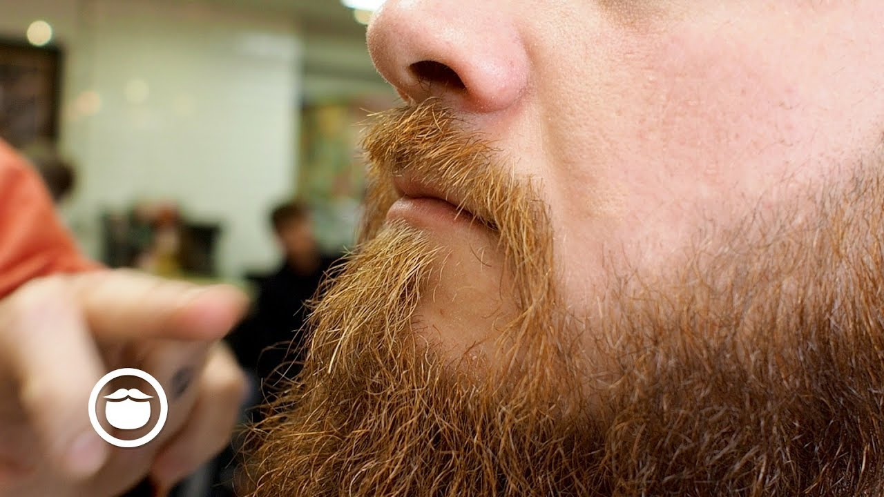 Master Barber Shows How To Give The Ultimate Beard Trim Youtube