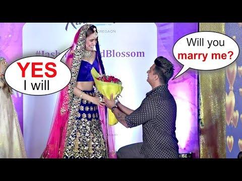 Prince Narula Proposes Yuvika Chaudhary In Public