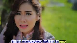 Gambar cover Rayola - Sayang Bialah Tabang [Lagu Minang Official Video]