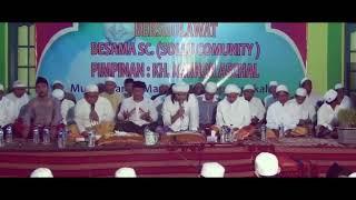 Video Robbi Faj'al Mujtama'na (Shollu Community) Pimpinan RKH. M. Karror Abdullah Schal download MP3, 3GP, MP4, WEBM, AVI, FLV September 2018