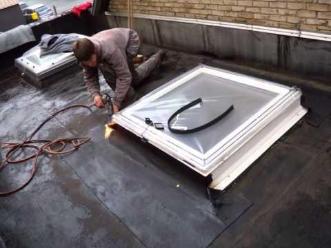 Remplacement d 39 un lanterneau par une fen tre coupole velux for Remplacement fenetre de toit