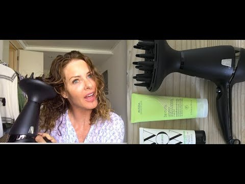 Monday Musings- Skin, Hair Curling Techniques & Giveaway   |TRINNY