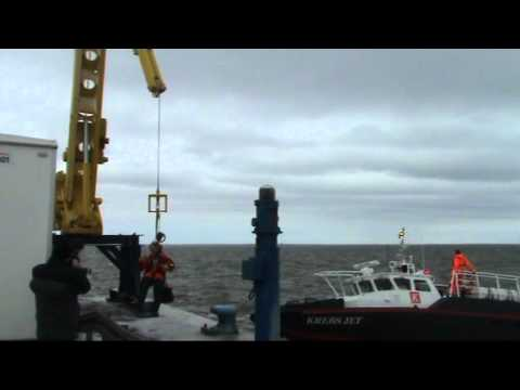 PTS Personnel Transfer System - Offshore access solution new version .avi