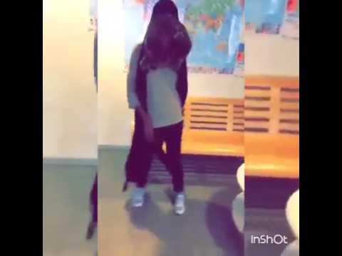 Dance in somalia girl