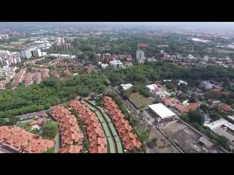Vendo casa en cali barrio ciudad jardin sur cali co for Barrio ciudad jardin cali