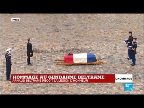 """""""Aux morts"""" - Arnaud Beltrame reçoit la Légion d'honneur à titre posthume : Hommage national"""