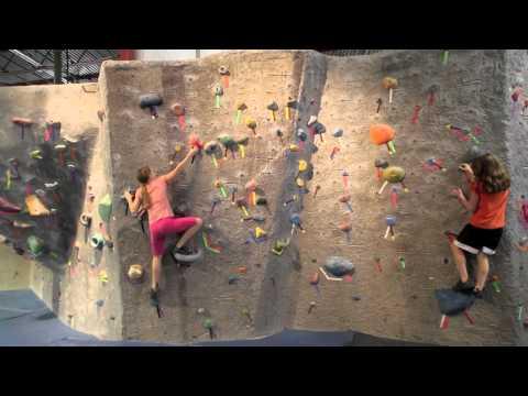 Girls Climbing - SportRock Alexandria