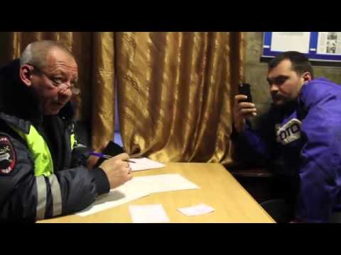 Как развлекаются в Ленобласти: пьяные мужики на БТР удирали от ГИБДД