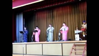 沖縄ライブ&トークショーで芭蕉風を唄三線.