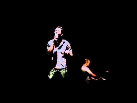 Santa Chuva (Live) - Caue Barcelos   www.cauebarcelos.com