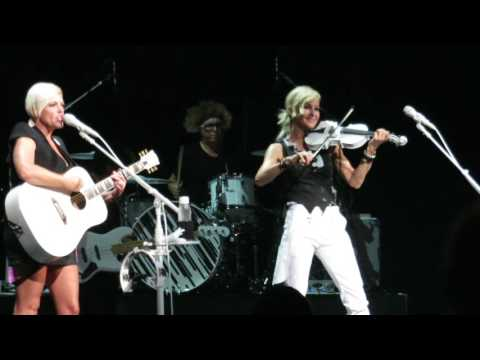 Dixie Chicks opening song Charlotte NC