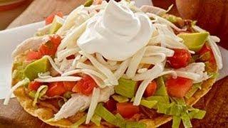 Tostadas de carne picada enchilada / comida mexicana / mexican food
