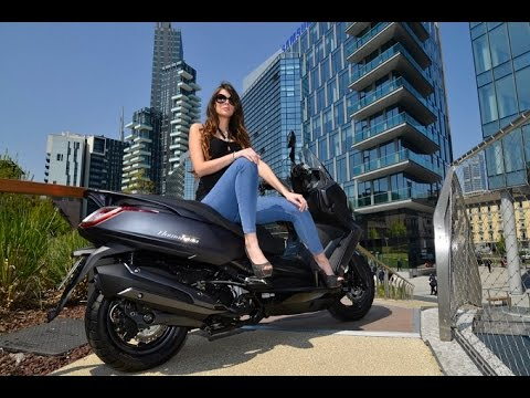 kymco downtown 350 abs presentation specifications on the road youtube. Black Bedroom Furniture Sets. Home Design Ideas