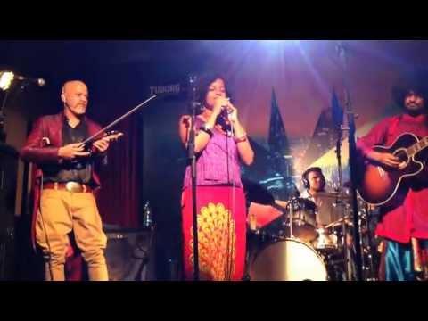 Swarathma feat. Bindhumalini Narayanaswami at Blue Frog Mumbai | 23.03 | Song 2