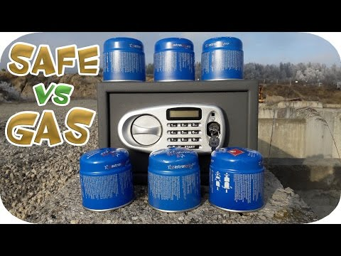 EXPERIMENT: SAFE Vs GAS Vs THERMITE