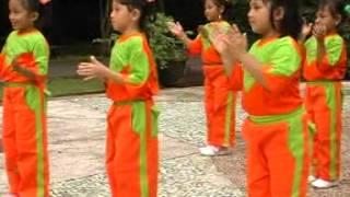 senam paud al futuhiyyah th ajaran 2012 2013