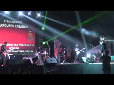 thiar prahita feat king and queen band ,TITANIUM ( COVER)