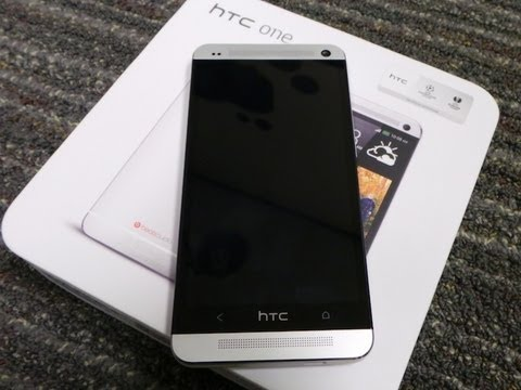 HTC One Unboxing