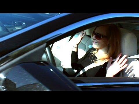 Fordu0027s Self-Parking Car -- Is It Worth It? & Fordu0027s Self-Parking Car -- Is It Worth It? - YouTube markmcfarlin.com