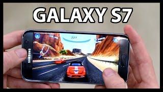SAMSUNG GALAXY S7(Descubre el nuevo Samsung Galaxy S7 en este video en el que conocemos todas sus características, cámara, batería, rendimiento, diseño y más! ▻Las 25 ..., 2016-02-22T20:30:00.000Z)