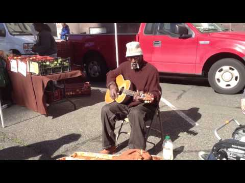 Blues Singer at the Berkeley Farmers Market.MOV