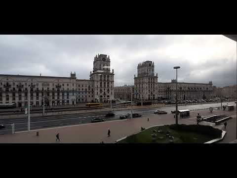 Утренний Минск. Вид на «Ворота Минска» и привокзальную площадь