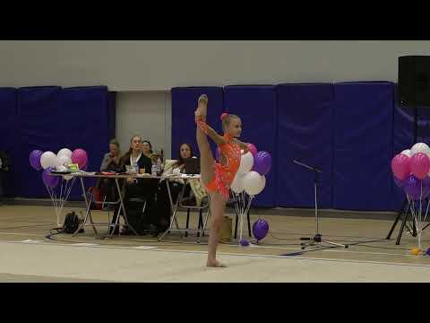 Художественная гимнастика в Санкт-Петербурге дети Надымова Мария