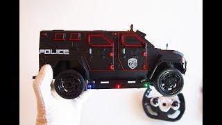 Про МАШИНКИ ІГРАШКИ. Поліцейський броньовик RC модель з пультом на радіоуправлінні.