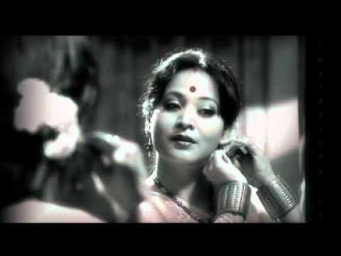 kapil bora wife