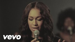 Rebecca Ferguson - Shoulder To Shoulder (Live Version)