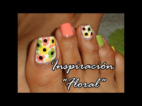 Decoraci n floral colorida para las u as de los pies for Decoracion unas en pies