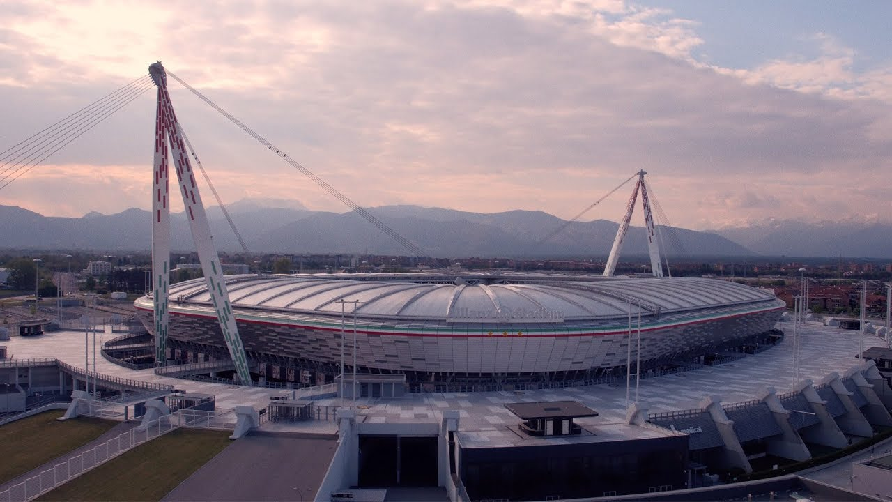 There Is No Place Like Home Juventus Are Back At Allianz Stadium Youtube
