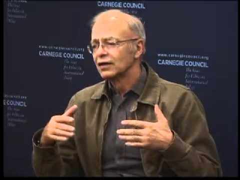 Peter Singer: Animal Equality