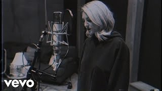 julia michaels jump acoustic