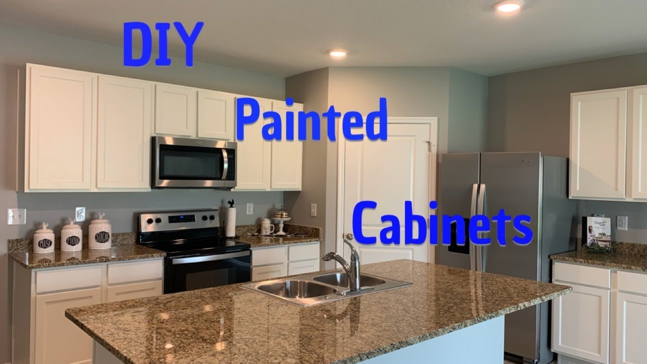 DIY KITCHEN MAKEOVER/HOW TO PAINT KITCHEN CABINETS/ KITCHEN MAKEOVER ON A BUDGET