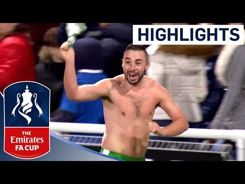 Player-Manager Scores to See Off Big-Spending Billericay! | Highlights | The Emirates FA Cup 2017/18
