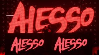 Смотреть клип песни: Alesso - Think Its Time