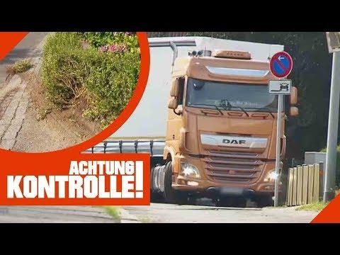 Ab durch die Hecke! LKW im Wohngebiet unterwegs! Polizei ermittelt   Achtung Kontrolle   Kabel Eins