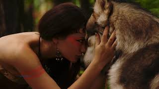 Смотреть клип Leo Rojas & Chantelle Barry - Wolf'S Heart
