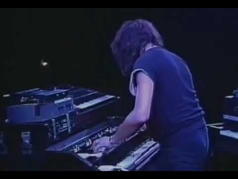 Deep Purple performing Difficult To Cure in July 1985