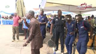 Abrante3 Amakye Dede performing with COP Kofi Boakye