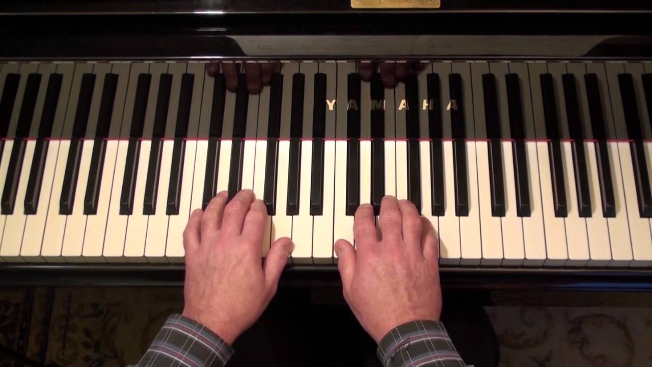 how to play meet the flintstones on piano